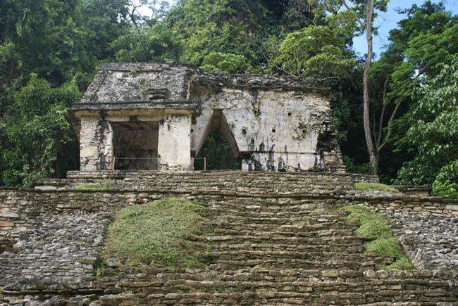 Храм Черепів — першої святилище Бога Смерті